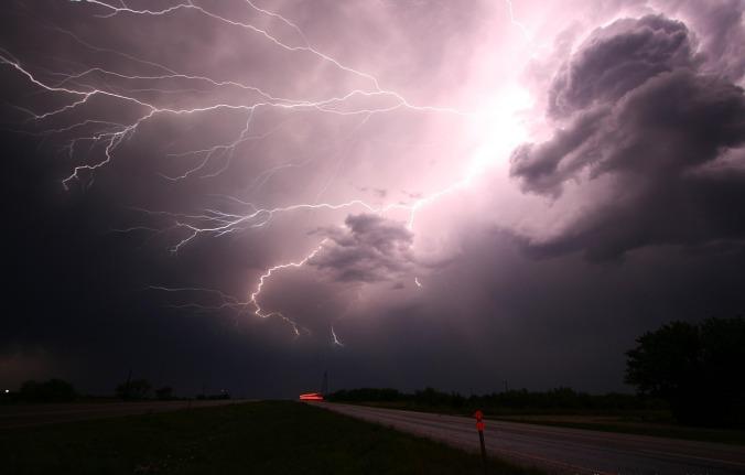 lightning-1056419_1280