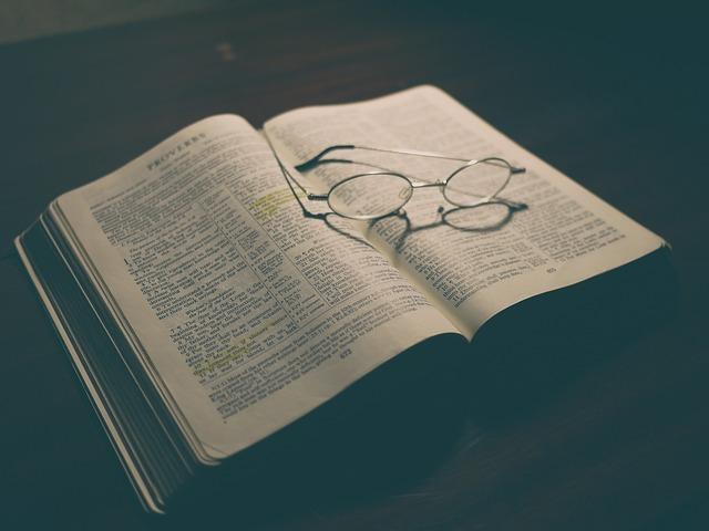 bible-1840002_640